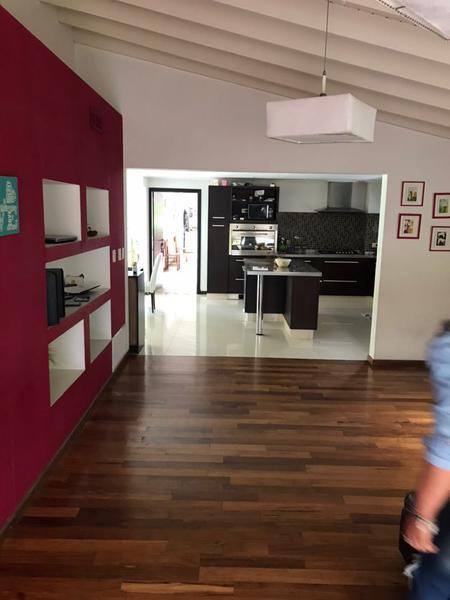 Foto Casa en Venta en  Echeverria Del Lago,  Countries/B.Cerrado  ECHEVERRIA DEL LAGO