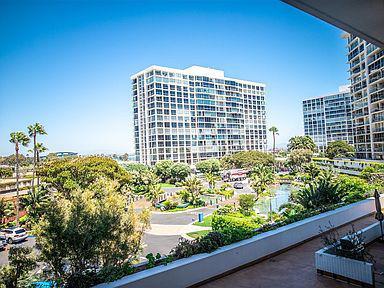 Foto Departamento en Venta en  San Diego ,  California    1760 Avenida Del Mundo #201-210, Coronado, CA 92118