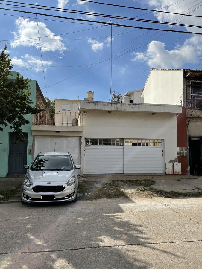 Foto Casa en Venta en  Bernal Oeste,  Quilmes  Viejo Bueno 1413 entre Chaco y Los Andes
