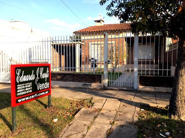 Foto Casa en Venta en  Castelar Norte,  Castelar  Tucuman al 2000