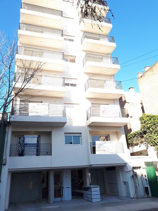 Foto Departamento en Venta en  Rosario ,  Santa Fe  Ov. Lagos  1200