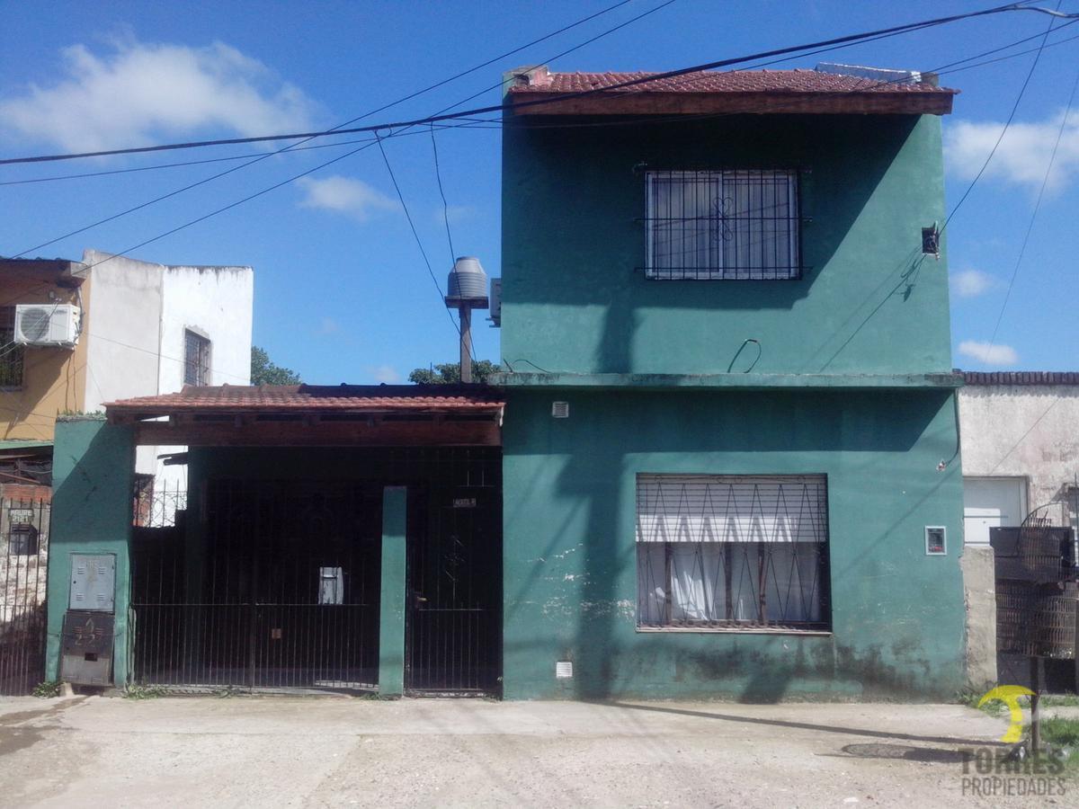 Foto Casa en Venta en  Pablo Nogues,  Malvinas Argentinas  Maure al 2100