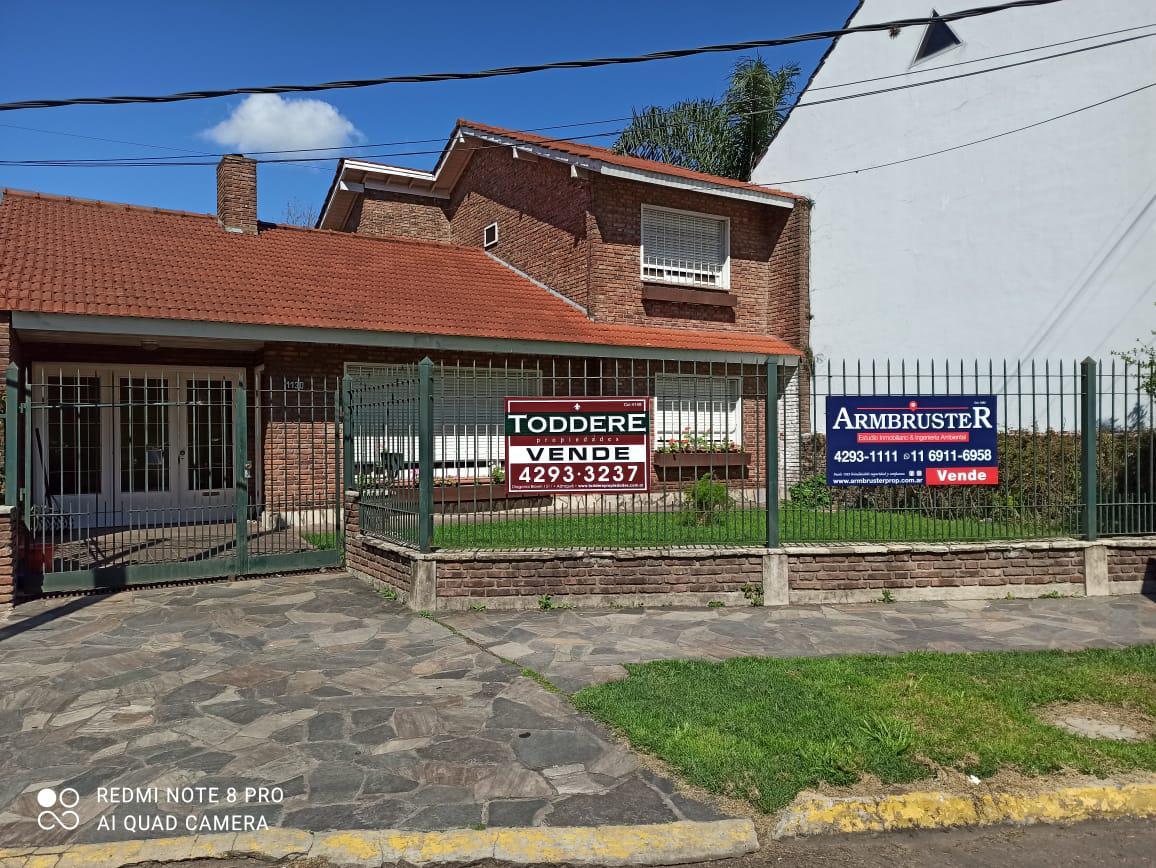 Foto Casa en Venta en  Adrogue,  Almirante Brown  Paseo las delicias 1130