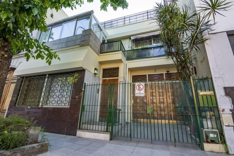 Foto Casa en Venta en  Caballito ,  Capital Federal  Eleodoro Lobos 500