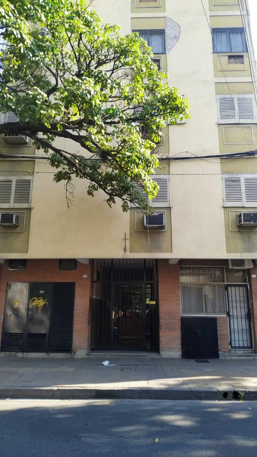 Foto Departamento en Alquiler en  San Miguel De Tucumán,  Capital  san luis al 100