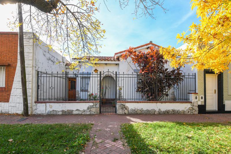 Foto Casa en Venta en  Alberdi,  Rosario  Warnes 2524