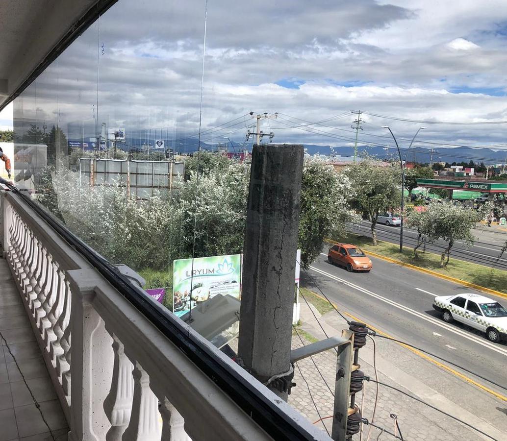 Foto Local en Renta en  San Jerónimo Chicahualco,  Metepec  Locales en Renta Ideales para Consultorio u Oficinas en Metepec