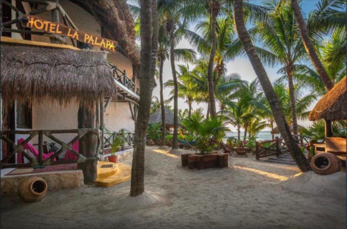 Foto Hotel en Venta en  Quintana Roo ,  Quintana Roo  Venta Hotel La Palapa en Holbox