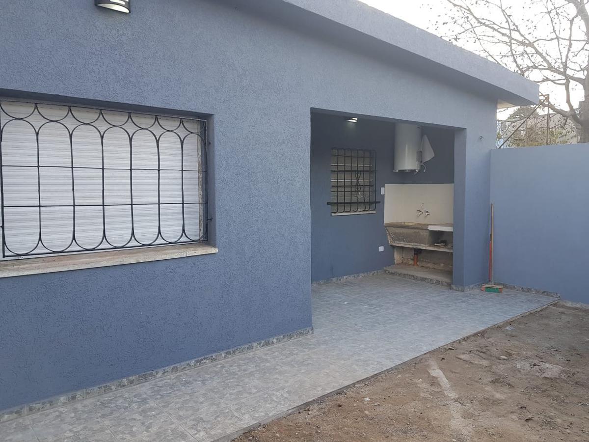 Foto Casa en Venta en  Centro (Moreno),  Moreno  Propiedad en venta en Moreno, España 900, a metros de Acceso Oeste.