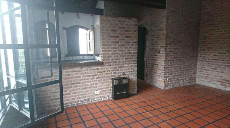 Foto Casa en Alquiler en  San Miguel,  San Miguel  Las Malvinas al 900