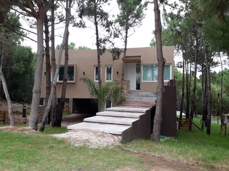 Foto Casa en Alquiler temporario en  Costa Esmeralda,  Punta Medanos  Residencial II al 100