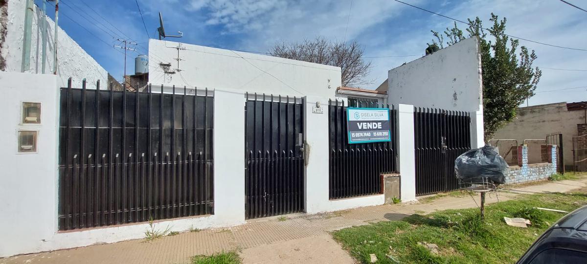 Foto Casa en Venta en  San Miguel ,  G.B.A. Zona Norte  Mendoza al 3100