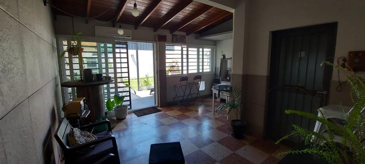Foto Casa en Venta en  Villa Dominico,  Avellaneda  WASHINGTON al 200