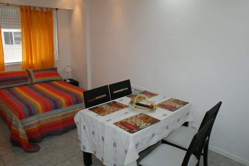 Foto Departamento en Alquiler temporario en  Centro ,  Capital Federal  Av. Corrientes al 800