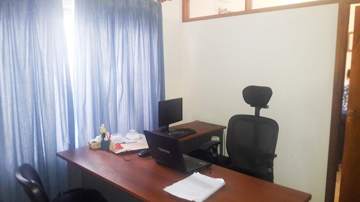 Foto Oficina en Venta en  Santa Rosa,  Capital  Urquiza al 400