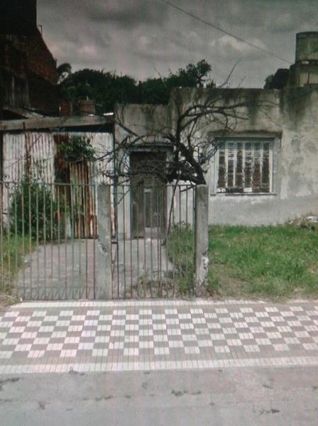 Foto Casa en Venta en  Valentin Alsina,  Lanus  Balbin al 1100