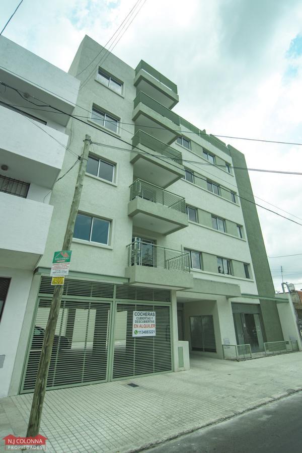 Foto Cochera en Venta en  Villa Saenz Peña,  Tres De Febrero  Moriondo 3326