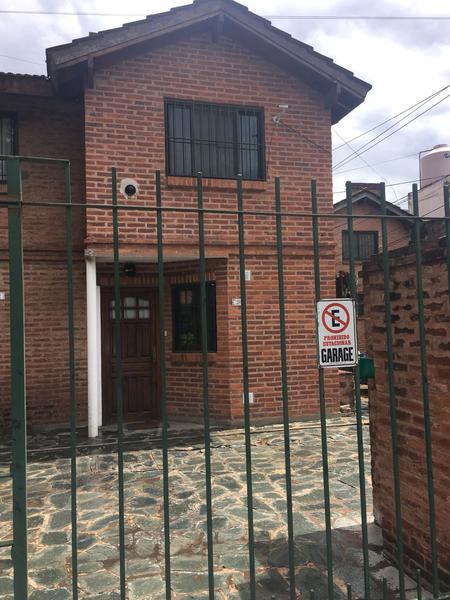 Foto Casa en Venta en  San Miguel ,  G.B.A. Zona Norte  Las Malvinas al 1100 - DUPLEX CON COCHERA