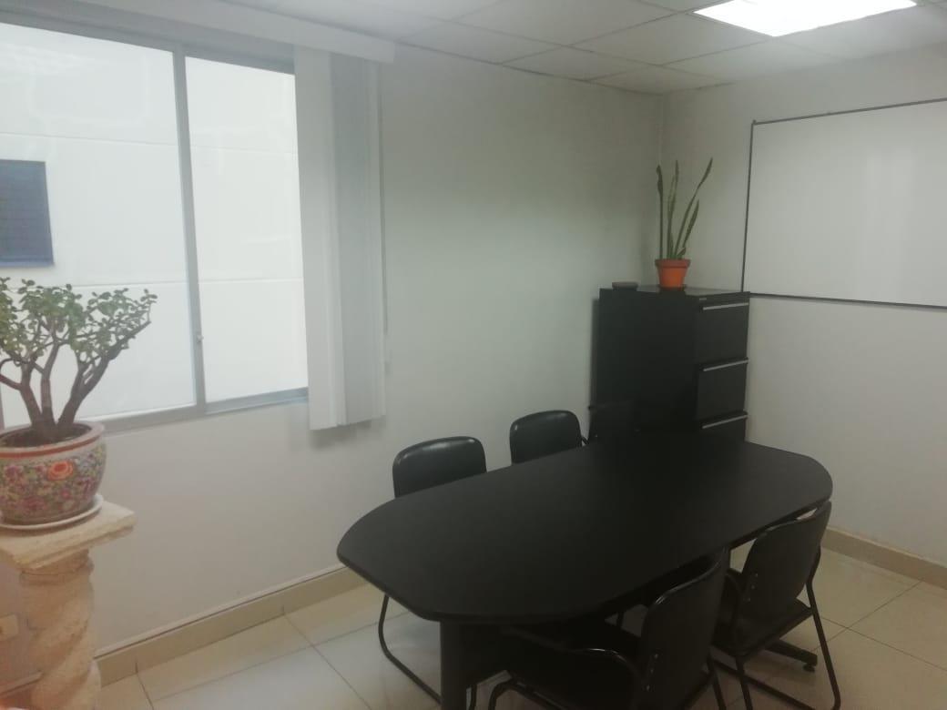 Foto Oficina en Venta en  Centro Norte,  Quito  La Pradera y Mariana de Jesùs