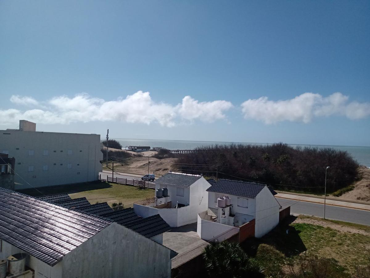 Foto Departamento en Venta en  Mar De Ajo ,  Costa Atlantica  Jorge Newbery 735 - 1°3