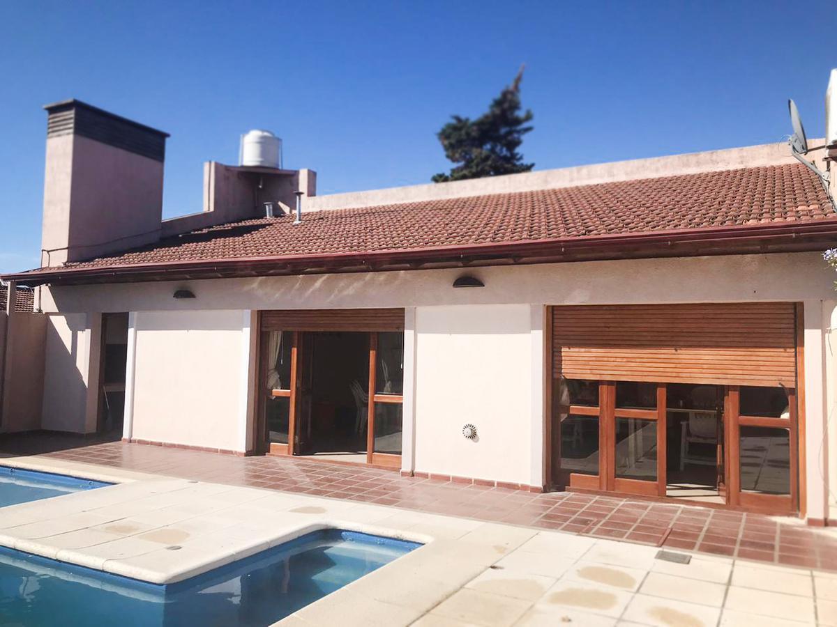Foto Casa en Venta en  General Pico,  Maraco  Calle 24 e/ 33 y 35