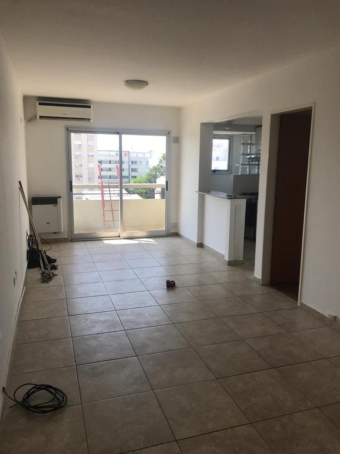 Foto Departamento en Alquiler en  La Plata ,  G.B.A. Zona Sur  46 y 25