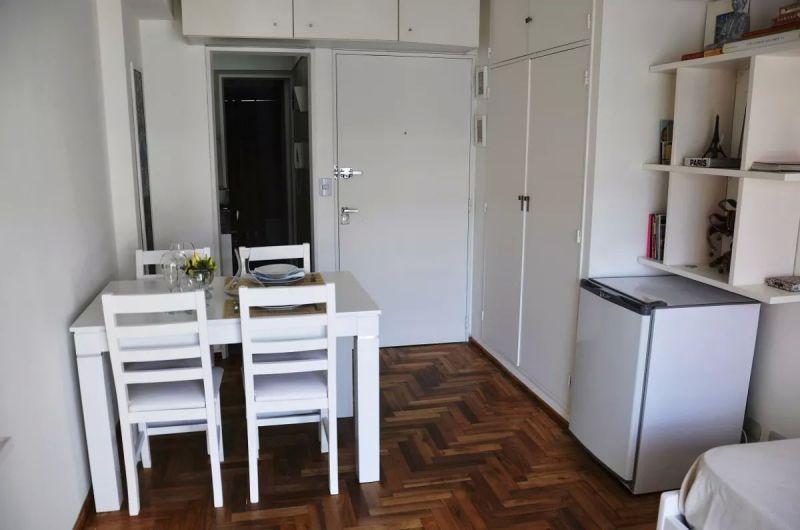 Foto Departamento en Alquiler temporario en  San Telmo ,  Capital Federal  CARLOS CALVO 600