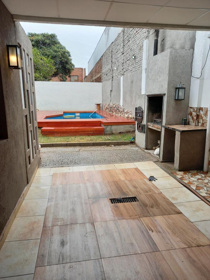Foto Casa en Venta en  Yapeyu,  Cordoba  Pasaje Alzugaray al 200