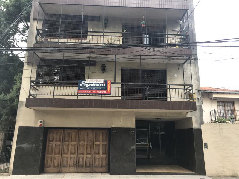 Foto Departamento en Alquiler en  Lomas de Zamora Este,  Lomas De Zamora  MONSEÑOR SCHELL 270 1ºA