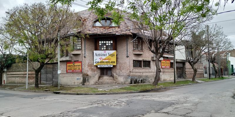 Foto Casa en Venta en  Valentin Alsina,  Lanus  Chaco al 2500