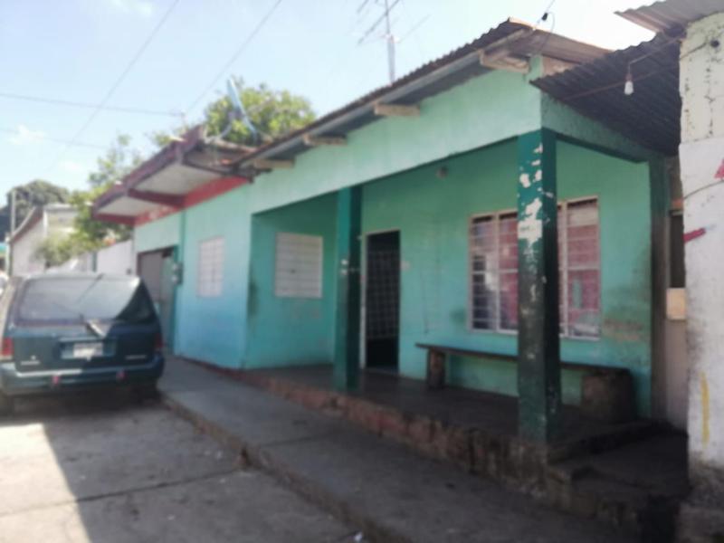 Foto Casa en Venta en  Catemaco Centro,  Catemaco  CASA EN VENTA DE CALLE A CALLE CATEMACO, VERACRUZ