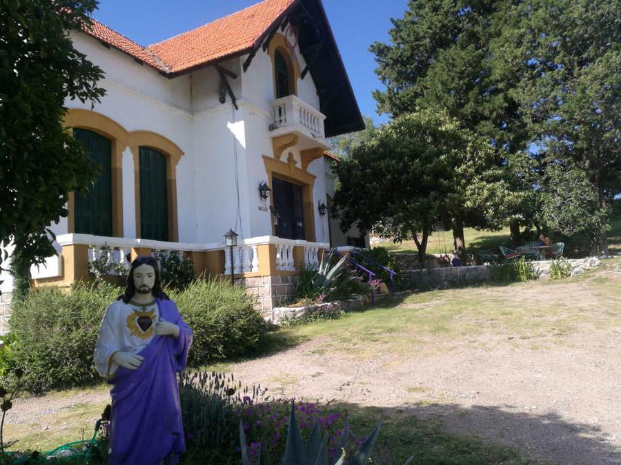 Foto Hotel en Venta en  Capilla Del Monte,  Punilla  Hosteria Cristo de las Nubes