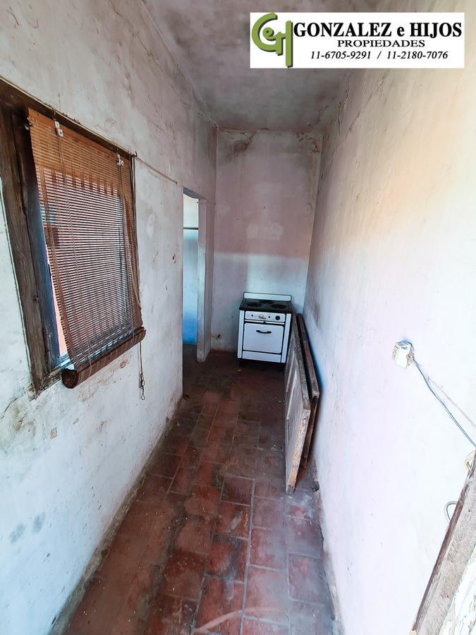 Foto Casa en Venta en  Parque Chacabuco ,  Capital Federal  Victor Martinez 1611