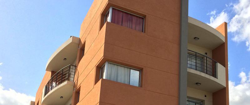 Foto Departamento en Alquiler en  Moreno ,  G.B.A. Zona Oeste  Dpto en alquiler - Sarmiento al 200 - Lado norte