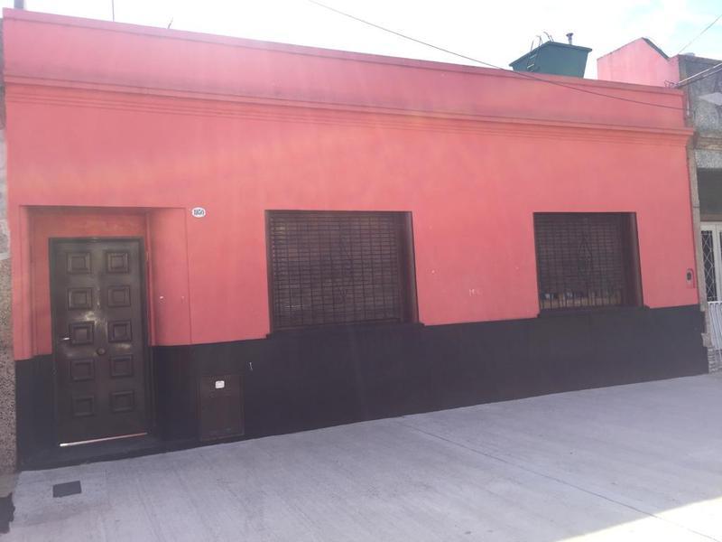 Foto Casa en Venta en  Mataderos ,  Capital Federal  Carhue al 1900
