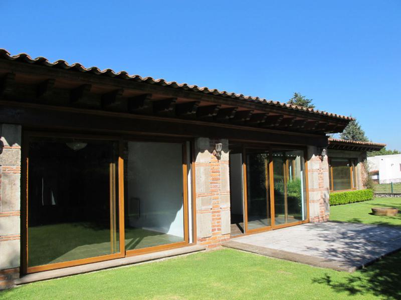 Foto Casa en Renta en  Club de Golf los Encinos,  Lerma  CASA EN RENTA COLONIAL MEXICANA, CLUB DE GOLF LOS ENCINOS SBR 1103