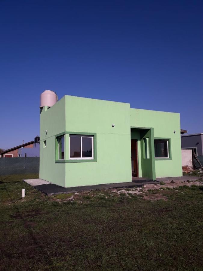 Foto Casa en Venta en  Santa Clara Del Mar ,  Costa Atlantica  Camet Norte, Saenz Peña al 300