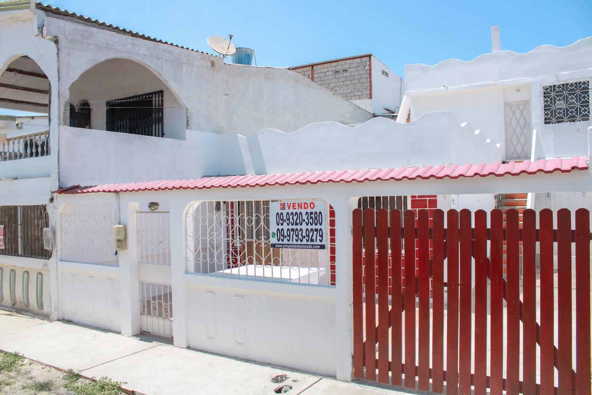 Foto Casa en Venta en  Santa Elena ,  Santa Elena  Vendo casa en Santa Elena cerca del Terminal Terrestre