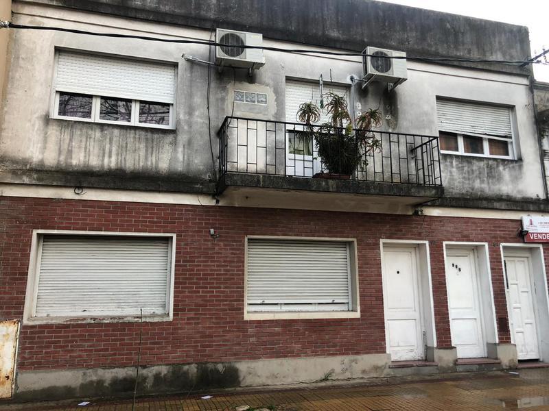 Foto PH en Venta en  La Plata ,  G.B.A. Zona Sur  calle 18 entre 51 y 53