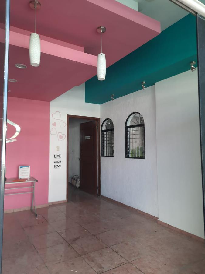 Foto Local en Renta en  México Norte,  Mérida  CONSULTORIO SOBRE AV. LIBANO