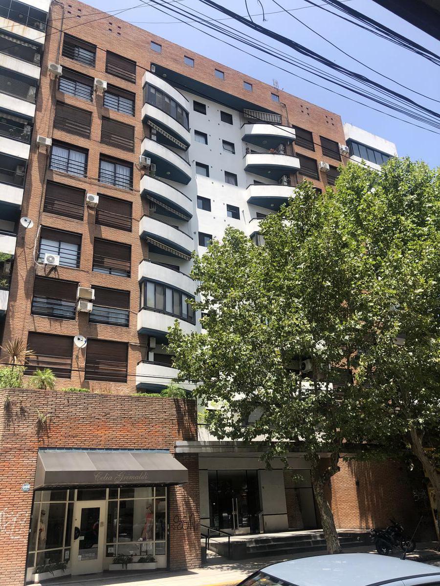 Foto Departamento en Venta en  Avellaneda ,  G.B.A. Zona Sur  General Paz 96 piso 2° Depto A