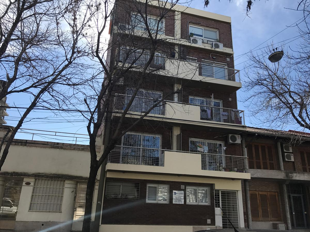 Foto Departamento en Venta en  Macrocentro,  Rosario  La paz al 800