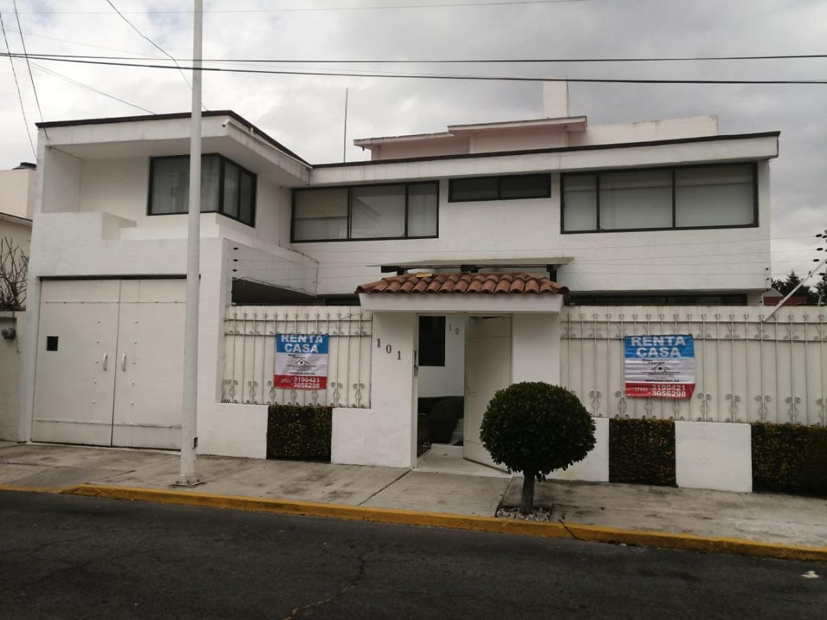 Foto Casa en Renta |  en  San Carlos,  Metepec  CASA EN RENTA  CASH1126