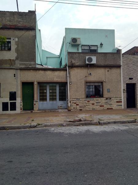 Foto PH en Venta en  Lanús Oeste,  Lanús  Jean jaures al 1200
