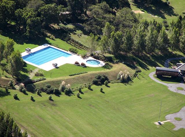 Foto Casa en Venta en  El Nacional Club De Campo,  Countries/B.Cerrado  Casa en El Nacional
