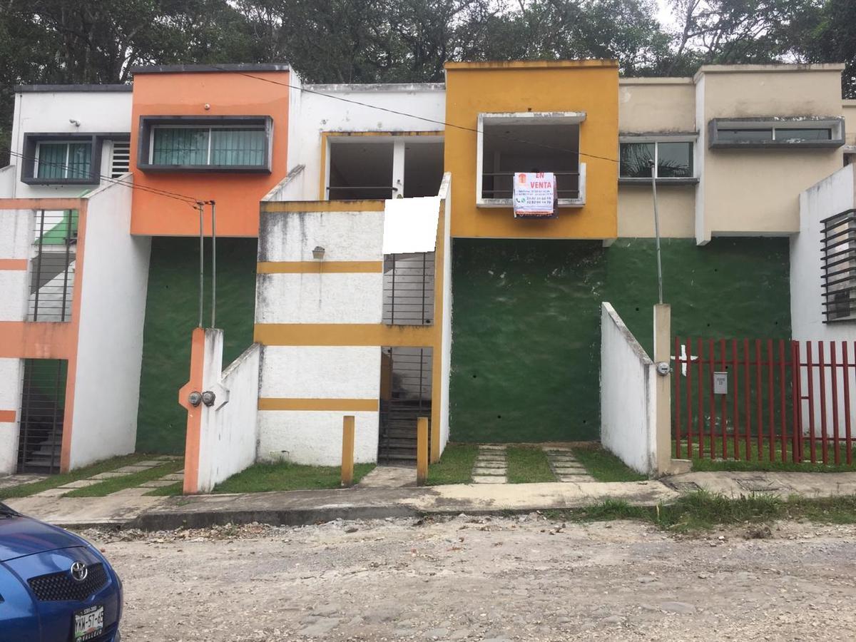 Foto Casa en Venta en  Loma de las Flores,  Coatepec  CASA EN VENTA CERCA DE LOS JUZGADOS COATEPEC VER.,