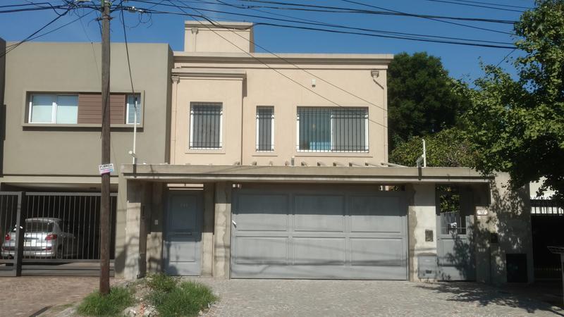 Foto Casa en Alquiler en  Ituzaingó,  Ituzaingó  Juncal al 700