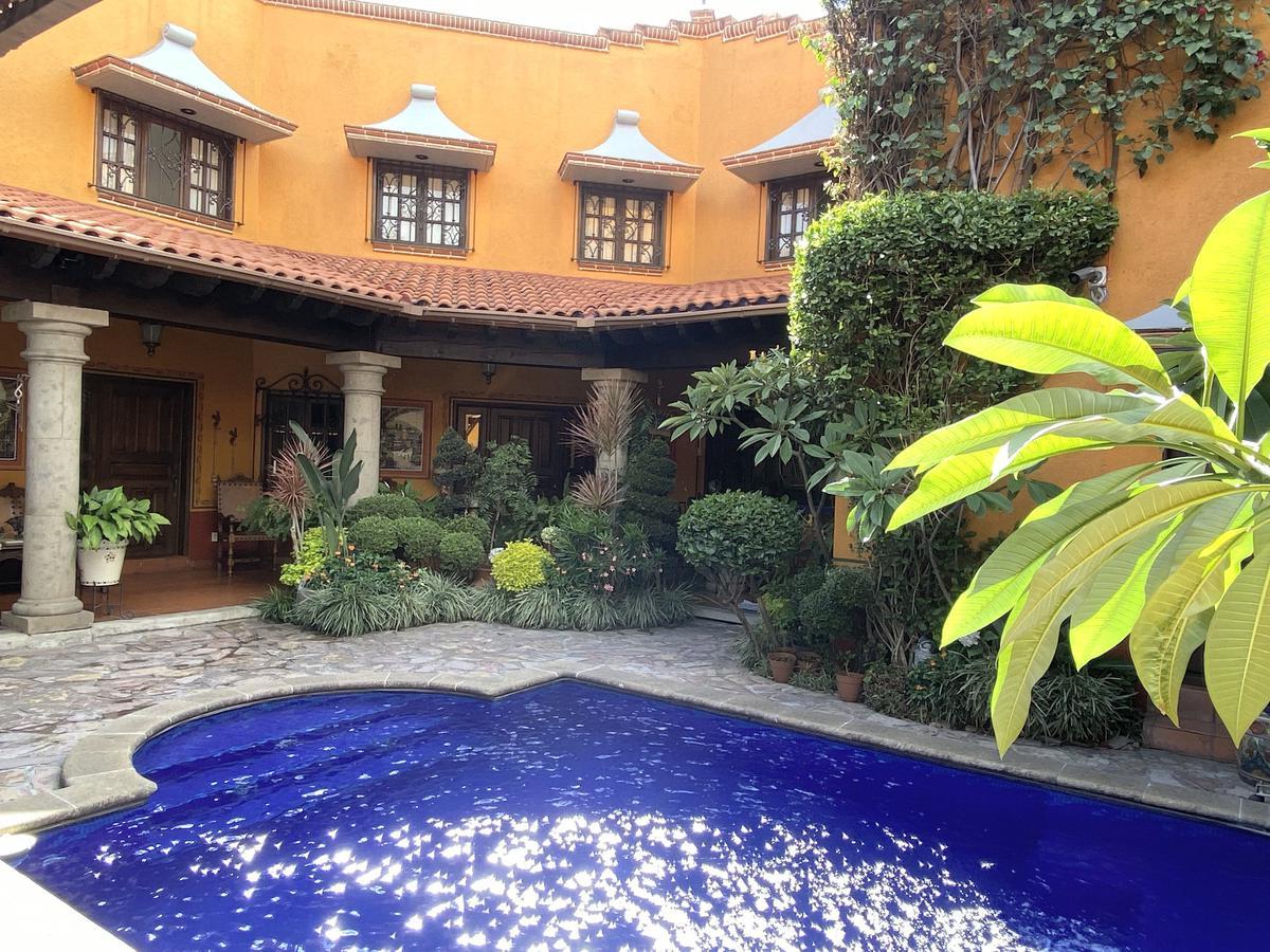Foto Casa en Venta en  Vista Hermosa,  Cuernavaca  Casa en venta Estilo Colonial Mexicano en Reforma Cuernavaca