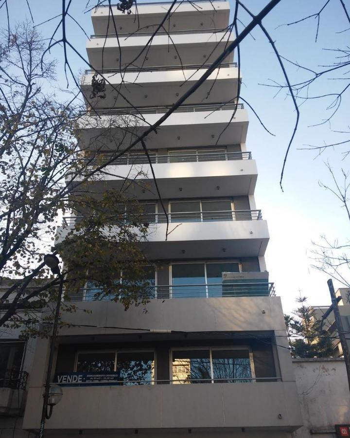 Foto Departamento en Venta en  La Plata,  La Plata  49 e/ 18 y 19
