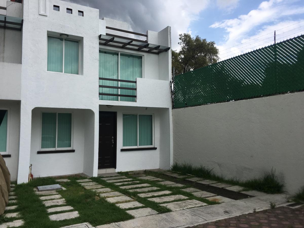 Foto Casa en condominio en Renta en  San Jerónimo Chicahualco,  Metepec  CASA EN RENTA EN PEQUEÑA PRIVADA CERCA DE AV DE LAS TORRES EN METEPEC